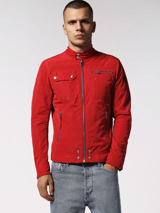 J-RIDE, Red