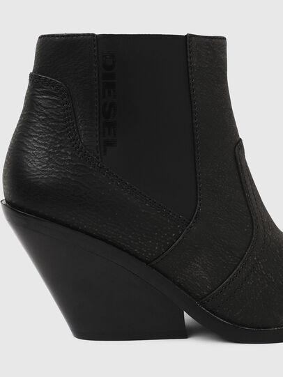 Diesel - D-FLAMINGO CB, Black - Ankle Boots - Image 5