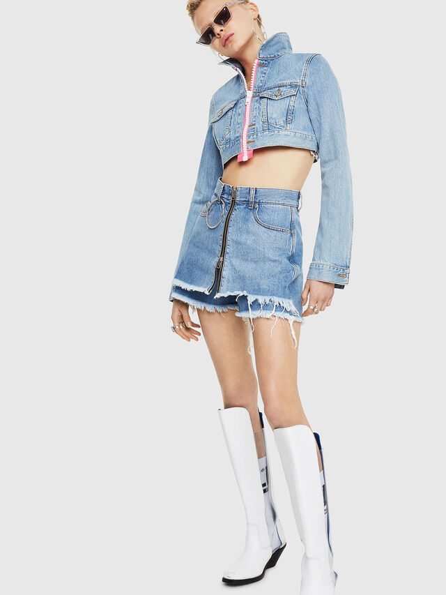 Diesel - DE-LARZY, Blue Jeans - Shorts - Image 5