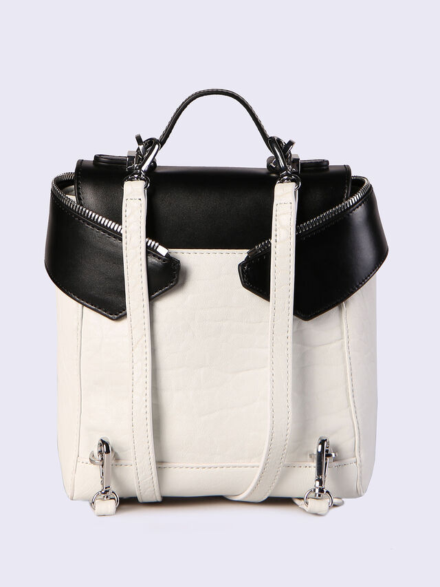 LE-KIIMY II, White/Black