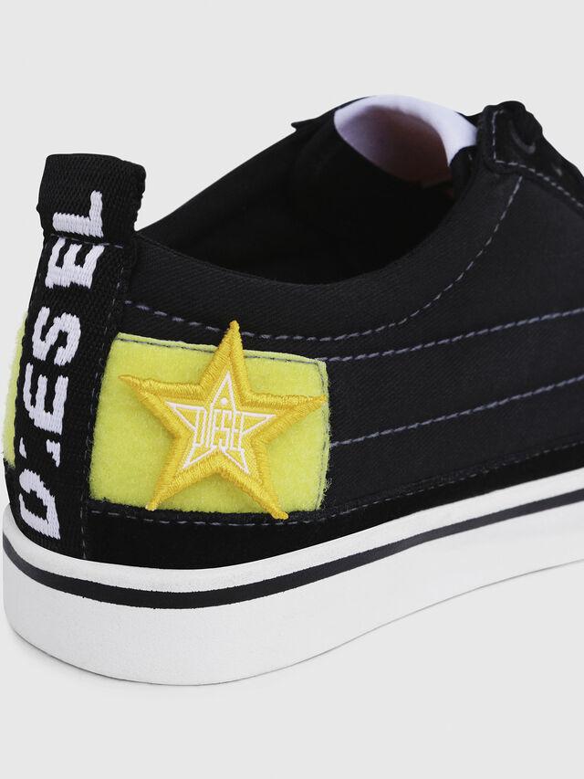 Diesel - D-VELOWS LOW PATCH W, Black - Sneakers - Image 4