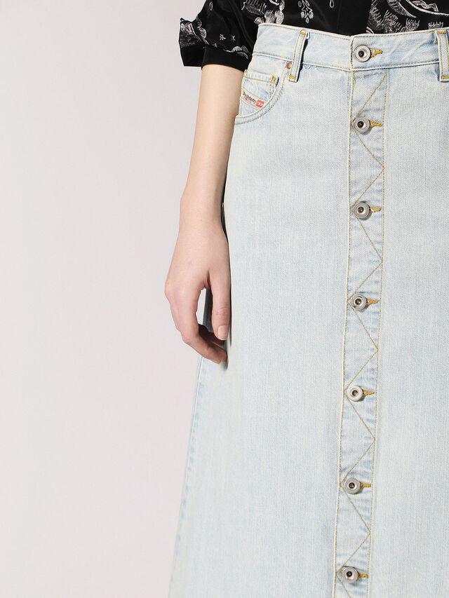 DE-MARGHE, Blue Jeans