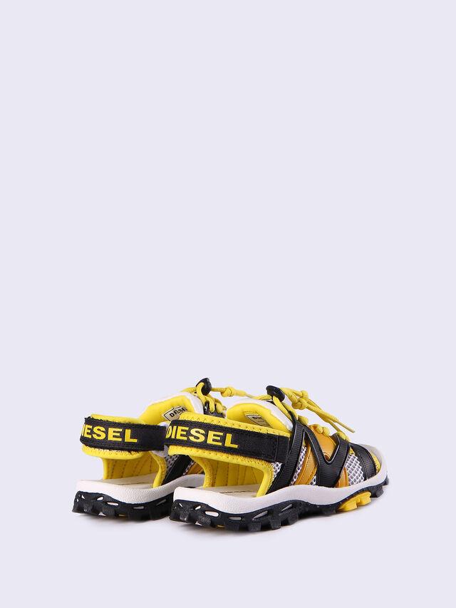 SA 10 LACE CH, Yellow