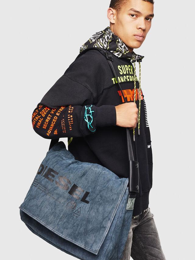 Diesel - D-THISBAG MESSENGER, Blue Jeans - Crossbody Bags - Image 6