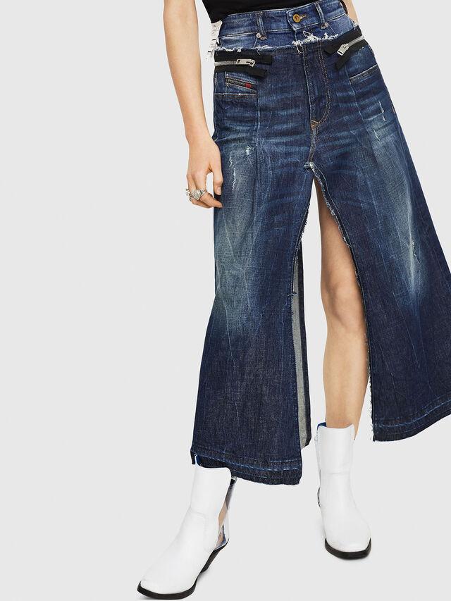 Diesel - DE-EVERY, Medium blue - Shorts - Image 1