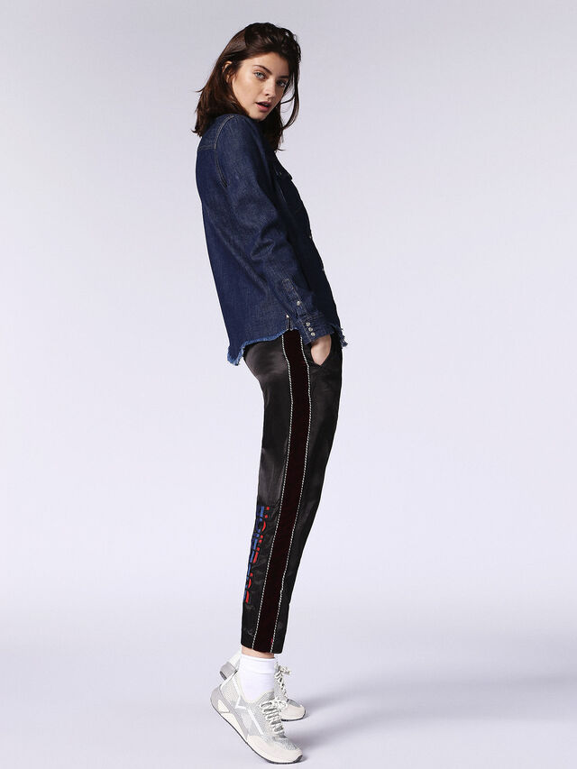 DE-KARY-RE, Blue jeans