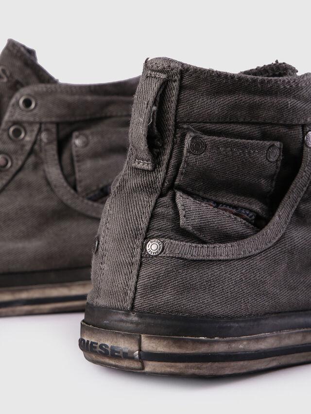 Diesel EXPOSURE I, Metal Grey - Sneakers - Image 5
