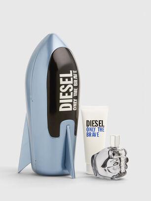 https://fi.diesel.com/dw/image/v2/BBLG_PRD/on/demandware.static/-/Sites-diesel-master-catalog/default/dwa688486a/images/large/PL0520_00PRO_001_O.jpg?sw=306&sh=408