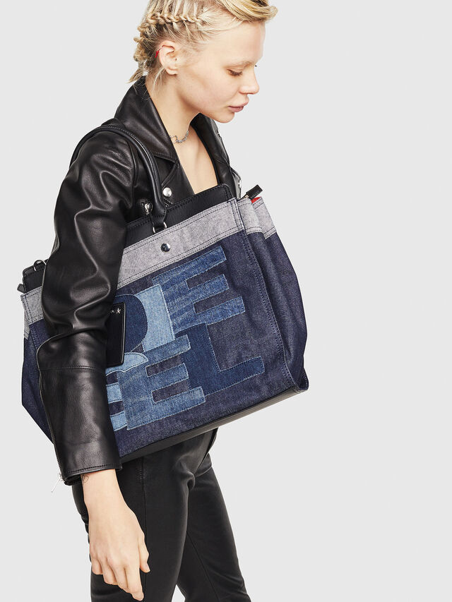 Diesel - F-DESTAR SHOPPER M, Blue Jeans - Shopping and Shoulder Bags - Image 5
